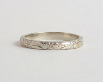 Art Deco White Gold Floral Band. Wedding or Stacking Ring. 4.75 Golden Wedding Pattern.