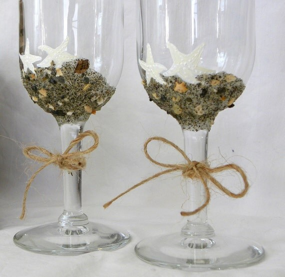 Beach Champagne: Wedding Flutes Champagne Glasses Starfish By