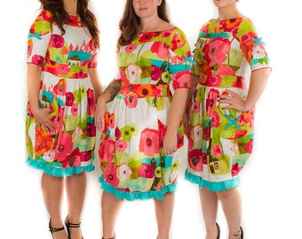 Vintage style colorful floral dress with pockets and bows