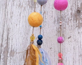 Colorful wool balls Mobile, Handmade eco friendly nursery mobile, A-Symetrical balls mobile, Tagt