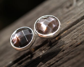 8mm checkerboard cut black mother of pearl earrings