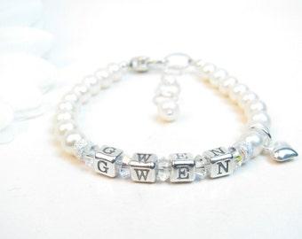 Baby Girl Bracelet // Baby Bracelet // Name Bracelet // Little Girl Name Bracelet // Girl Baptism Christening // Child Pearl Bracelet