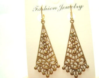 Filigree  Dangle Earrings Gold Tone