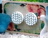Buy 1 Get 1 Free - 20pcs 15mm (WC15) Round Handmade Photo Wood Cut Cabochon (Back White)