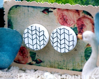 Buy 1 Get 1 Free - 20pcs 15mm (WC15) Round Handmade Photo Wood Cut Cabochon (Back White)