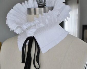 High Collar/Ruffle Detachable Collar/Pleated Collar/Black and White/French collar/Ascot collar/Neckline/Pleats/Collar idea/ rusteam tt team