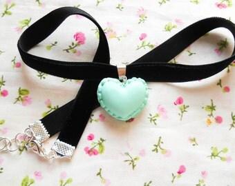 Macaroon Choker, Macaron Choker, Macaroon Choker Necklace, Heart Macaroon, Macaroon Necklace, Pastel Green, Kawaii / Lolita Choker