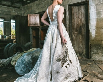 Woven Plastic Bag Wedding Gown