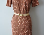 Vintage 50s - 60s Brown Sugar Cotton Polka Dot Dress size Medium to Large