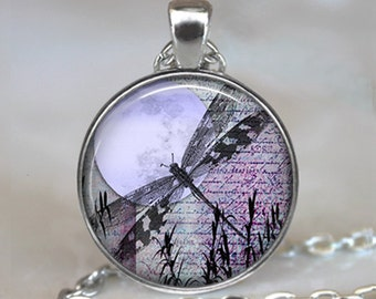 Lavender Moon Dragonfly pendant, dragonfly jewelry resin pendant, purple dragonfly jewellery dragonfly necklace keychain key chain