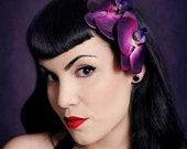 Beautiful comb with two purple orchids and green leaves vintage rockabilly style wedding 40s 50s