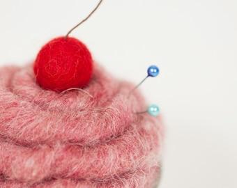 Needle Felted pink Cupcake L size cupcake Pincushion