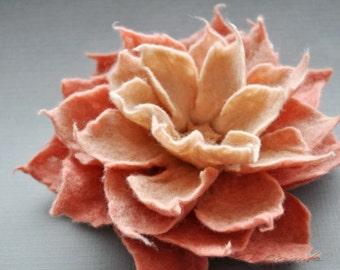 Geranium Pink Felt Flower, Spring Flower, Felted Flower Brooch, Felt Flower Brooch, Caramel Cream Geranium Pink Felt Flower Brooch