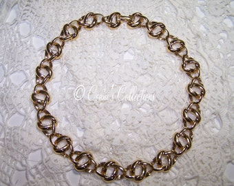 Vintage Monet Choker Gold Tone Necklace Jewelry Chain Signed Great Condition Unique Design