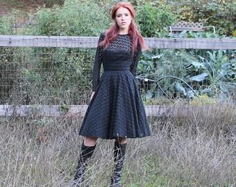 1950s Eyelet BOWS Party Dress // New Look // XXS