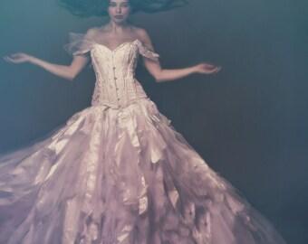 Classic vintage style corset. Ivory white Wedding corset/ prom/ steampunk. UK 8-10