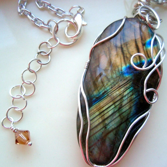 Labradorite Pendant Black Moonstone Necklace by DiansGems ...