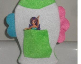 Bath Mitt With My Little Mermaid Swim Toy Included