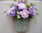 Lavender Wreath Alternative, Purple Flowers, Easter Door Decor, Bridal Shower Decor, Spring Wreaths, Shabby Cottage Chic, Front Door Decor