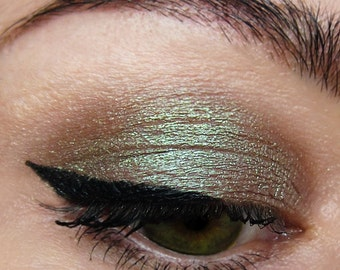 CRIMINAL Brown Mineral Eyeshadow Silver Shimmer Natural Neutral Metallic