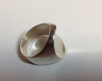 MODERNIST Chunky STERLING SILVER 9.2 Grams Ring Size 8 Large Heavy
