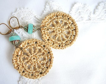 farao - golden crocheted earrings with czech glass bead