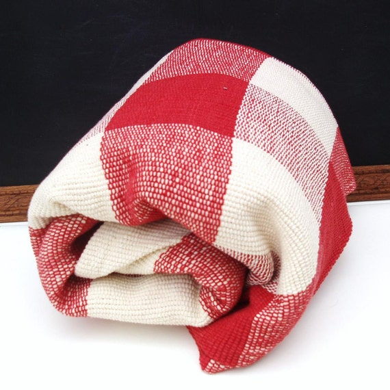 Red And White Checkered Rug: Vintage Picnic Camp Blanket Red White Checkered Fabric Cotton