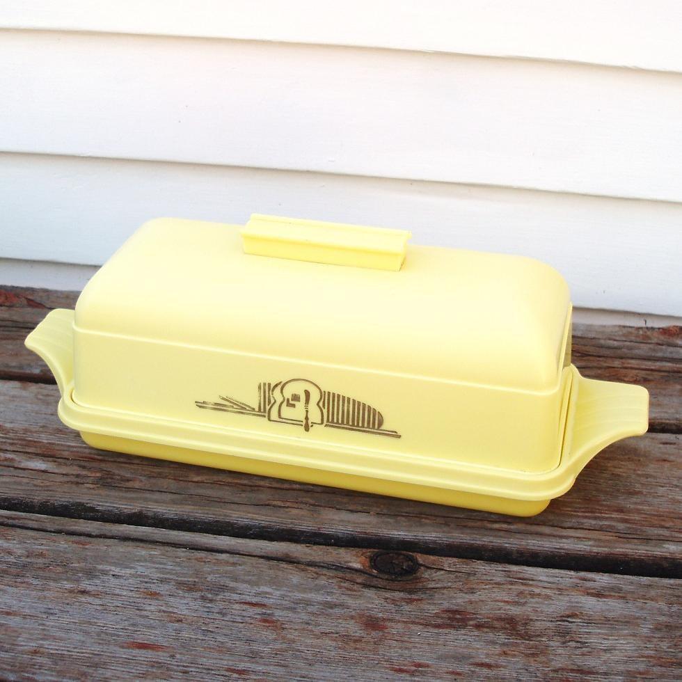 Yellow Kitchen Storage: Vintage Bread Box Yellow 1940s Plastic Kitchen Storage
