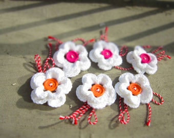 Martenitza Flower Brooch Crochet Baba Marta Valentines Red White Pink Orange Spring Blossom Colored Wood Buttons Pin by dodofit on Etsy