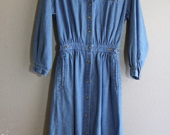 Vintage Blue Denim Long Sleeve Button down Casual Dress- hippie Boho casual chic modern