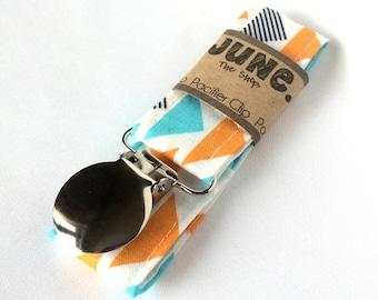 Pacifier Clip, Binky Clip, Paci Clip, Toy Leash in Mini Triangles