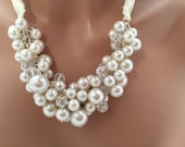 Chunky ivory Pearl necklace - statement necklace, cluster pearl necklace, statement necklace, chunky pearl necklace
