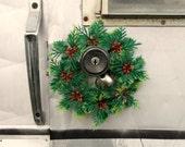 Vintage Door Wreath, Plastic Christmas Doorknob Bell Greenery, Retro Holiday Wreath, Holly Berry