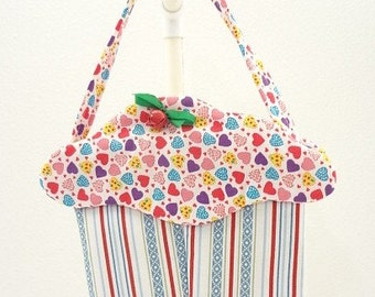 Easter basket May Day Birthday cupcake purse fabric gift bag goodie hearts treat bag CC117