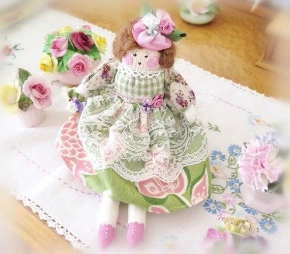 Spring OOAK Art Doll, Petite, Cloth Doll, Soft Sculpture Doll, Petite ALANNA 11 inch Handmade Original CharlotteStyle Folk Art Doll