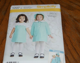 New Simplicity Baby Girl dress Pattern 1970's Vintage 1207 A Size 1/2 to 4