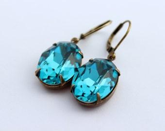 Teal earrings, Swarovski earrings, Indicolite earrings, oval earrings, Aqua blue earrings, Bridesmaid earrings, aqua earrings, blue oval IS2