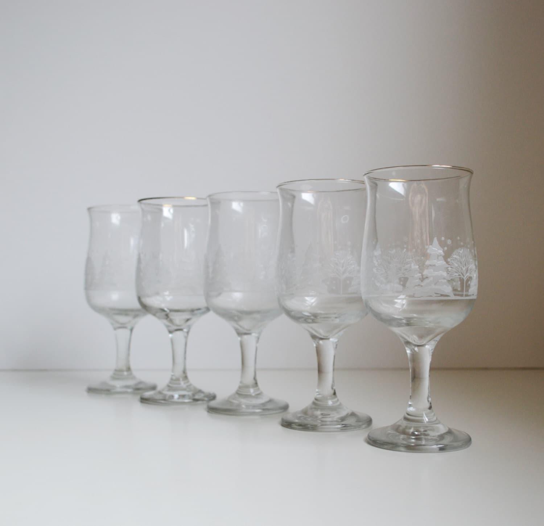 Vintage christmas wine glasses christmas goblets wine goblets for Holiday stemware