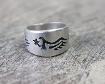 Hopi Style RING / Sterling Silver Southwest Jewelry / Vintage Band Ring