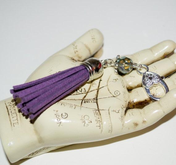 Boho Tassel Clip, Purple Purse Accessories, Purple Tassel Keyring, Tassel Key Charm, Boho Purse Charm, Zip Pull, Bag Charm, Tassel Zip Pull