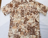 Men's 1970s Tribal Art Cave Painting Hawaiian Shirt M L Safari Style