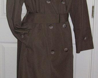 SALE 80% Off Vintage Ladies Khaki Green Trench Coat Raincoat Size 6 Reg Now 1.20 USD