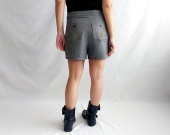 Grey wool shorts, shorts women, winter shorts, wool shorts, fall fashion, women's clothing, alicecloset, size medium, vintage inspired