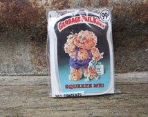 Vintage Garbage Pail SQUEEZE ME! vtg gpk Card Button Pin Back Plastic Card Topps 1986 Unopened Gag Gift Party 80s GPK Collectible 1980s vtg