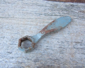 Antique Wrench Iron Metal Valve Wrench Tool Painted Chippy Blue Rusty vtg Hex Tool Wrench Barn Rustic Tools Vintage Old Fashion Industrial