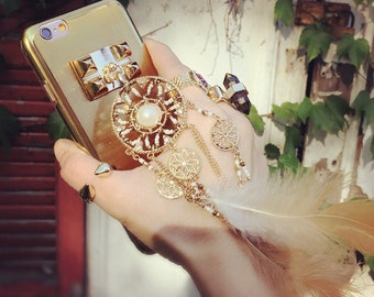 Beautiful Unique Dreamcatcher Spsrkle Blue Evil Magic Eye Pyramid Studded Chain Back Cover Metal Case For iPhone 6s Gold Black Silver Purple