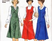PATTERN Style 1686 Pinafore or Jumper semi fitted with square scoop vee neckline button or zip front (uncut)
