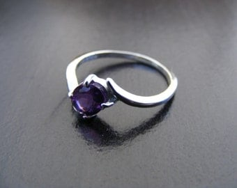 15% Off Sale.S171 Made to Order...New Sterling Silver Offset Styled Ring With 1 Carat Natural Amethyst Gemstone