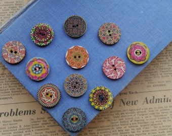 """12 Wooden Mixed Assorted Flower Geometric Celtic Patterend  Buttons 25mm 1""""  (WB2432)"""