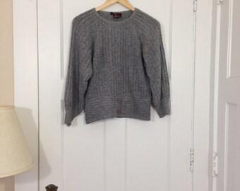 VTG 80s Fuzzy Sweater S/M